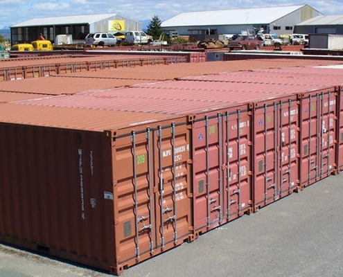 Nekonečný sklad z lodních kontejnerů
